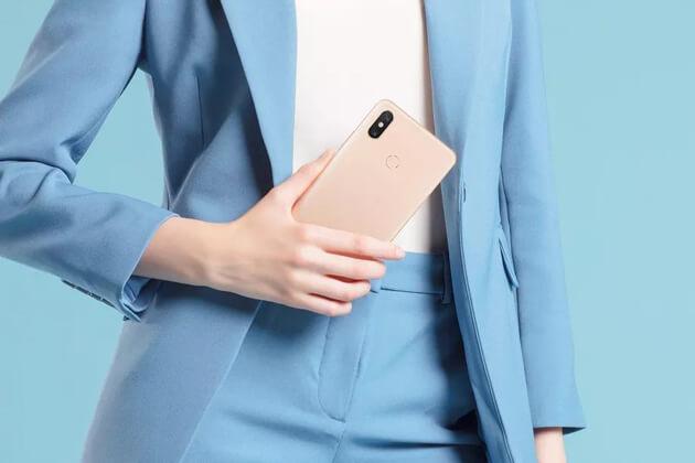 Xiaomi Mi Max 3 имеет гигантский экран и батарею для соответствия